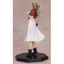 FINAL FANTASY VII REMAKE Statuette Aerith Gainsborough